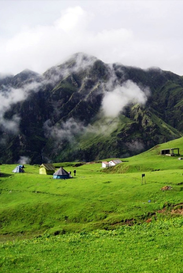 bedni-bugyal-camping-tour-package